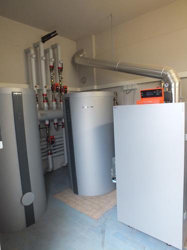 Impianto di riscaldamento e produzione ACS per ristorante con caldaia a pellet - 1