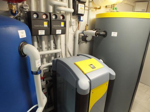 Villa con impianto di riscaldamento e raffrescamento con pompa di calore geotermica - 1