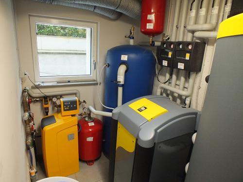 Villa con impianto di riscaldamento e raffrescamento con pompa di calore geotermica - 3