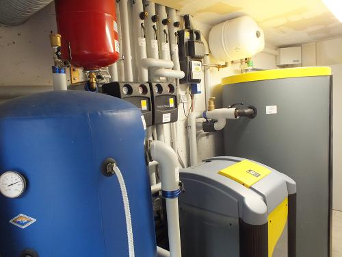 Villa con impianto di riscaldamento e raffrescamento con pompa di calore geotermica - 7