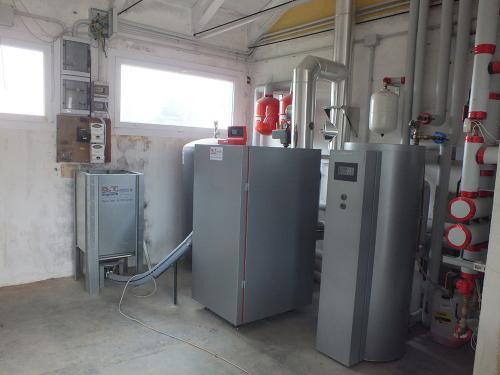 Centrale termica per riscaldamento e produzione ACS con caldaia a pellet e solare termico per laboratorio artigianale con abitazione annessa - 7