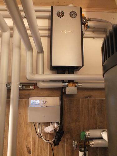 Riqualificazione impianti in Villa bifamiliare con impianto di riscaldamento e produzione di ACS con caldaia a legna, solare termico e pompa di calore - 8