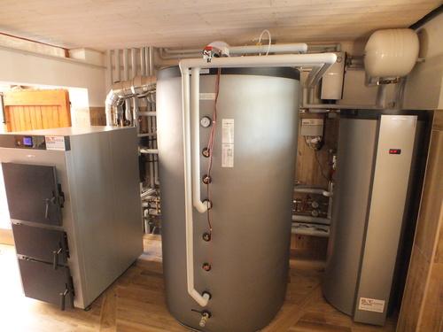 Riqualificazione impianti in Villa bifamiliare con impianto di riscaldamento e produzione di ACS con caldaia a legna, solare termico e pompa di calore - 14