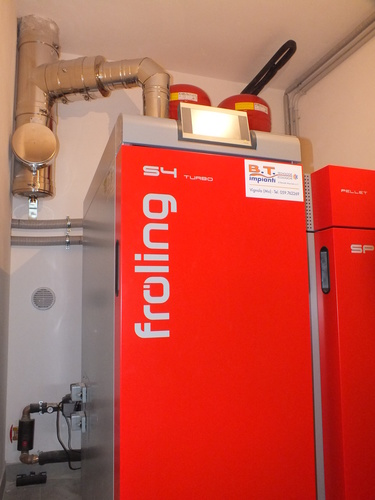 Riqualificazione villa con impianto di riscaldamento e produzione di acqua calda sanitaria con caldaia combinata legna/pellet - 2